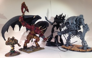 An'ggrath the Unbound with some friends for scale